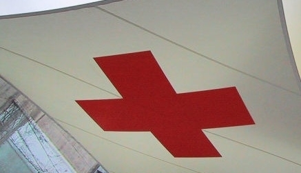 Czerwony Krzyż bez... krzyża. Powód: nie drażnić muzułmanów