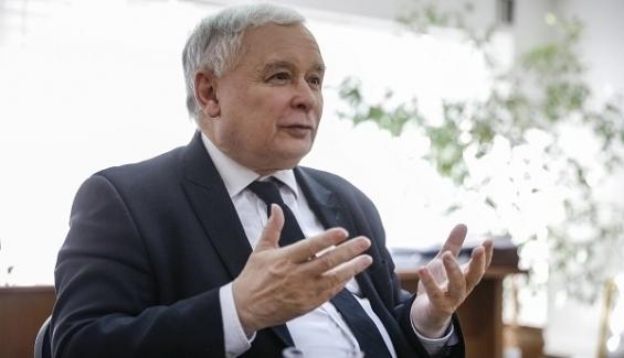 Troska o zwierzęta, zwlekanie z zakazem aborcji. Takiej drogi na Zachód chce prezes Kaczyński?