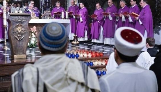 Kościół i islam: dialog czy anty-miłosierdzie?