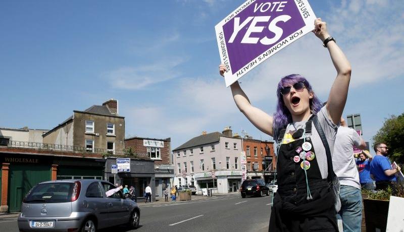 Irlandczycy wybrali cywilizację śmierci. W referendum zwyciężyli zwolennicy dzieciobójstwa