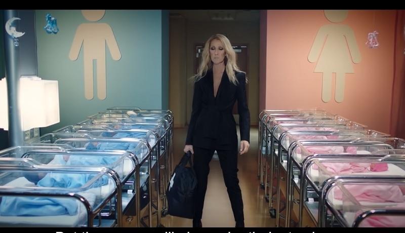 """Egzorcysta ostrzega przed demonicznym wymiarem """"neutralnej płciowo"""" odzieży Celine Dion"""